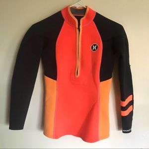 Hurley wetsuit top size 8 orange black with zipper